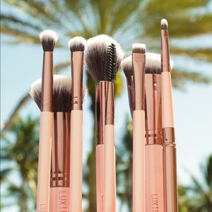 Luxie beauty complete face set rose gold
